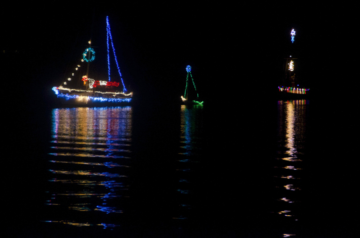 gulf shores lighted boat parade